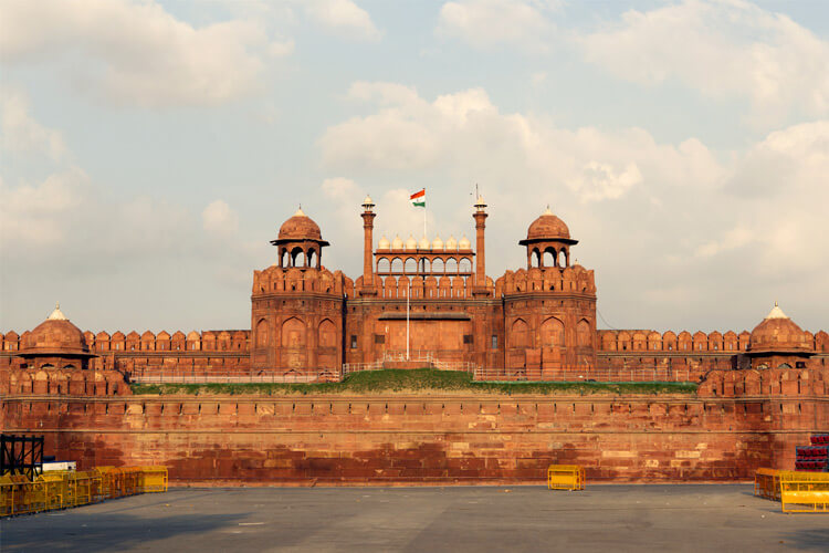 Red Fort, Delhi with 1 Day Delhi Local Sightseeing Trip by Car