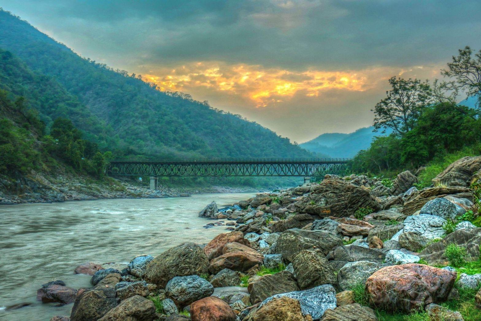 One Day Delhi to Haridwar & Rishikesh Trip by Car