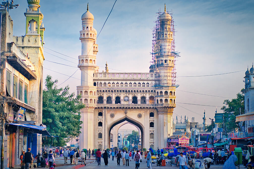 1 Day Hyderabad Local Sightseeing Trip by Car