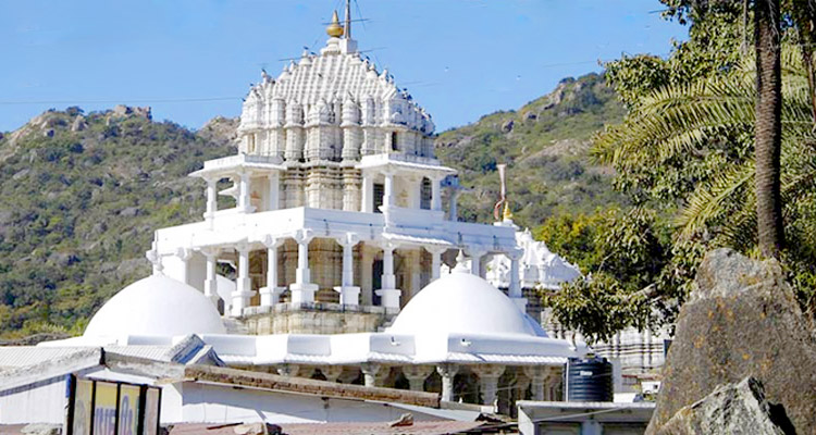 1 Day Mount Abu Local Sightseeing Tour by Cab Dilwara Temple Complex