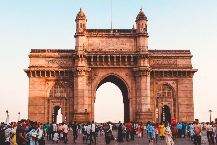 Gateway of India with One Day Mumbai Local City Sightseeing Tour by Cab