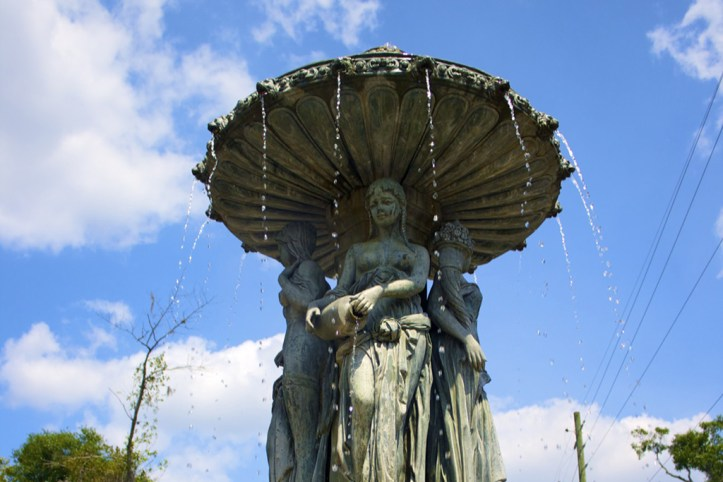 Thornton Park Fountain