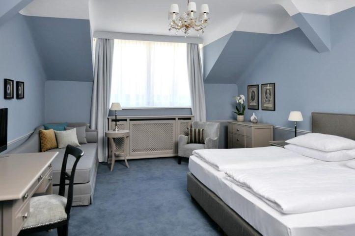 Hotel Kärntnerhof Room