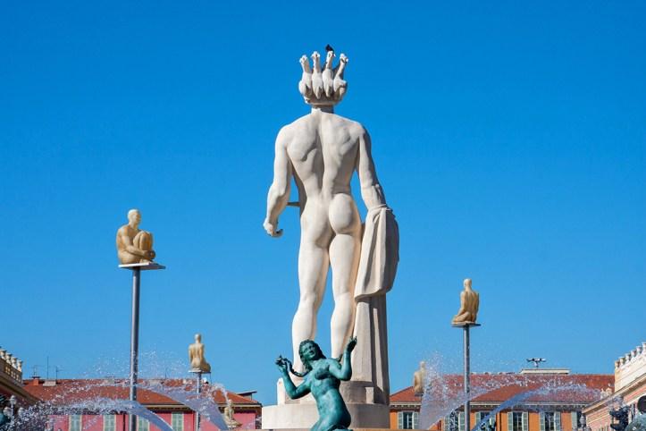 Sun Fountain and the statue of Apollo