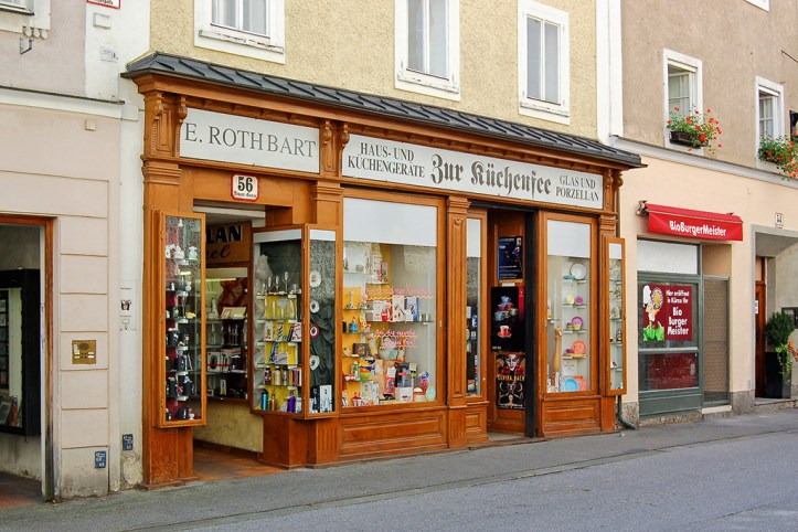 Shops in Linzer Gasse