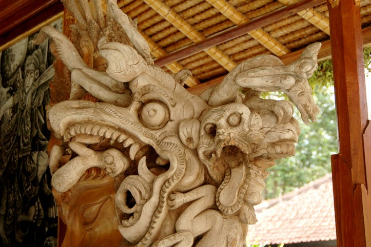 Woodcarving, Ubud