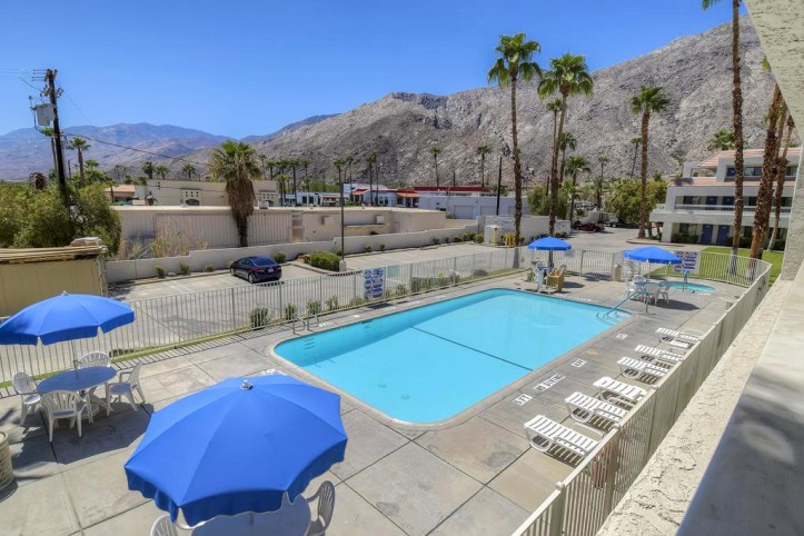 Motel 6 Palm Springs