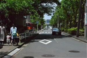 山崎公園プールへの入口