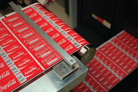 CocaCola__content_img_tcm230_1631843_tcm230_1631846_tcm230-1631843