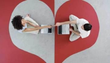 Las parejas que se conocen en Internet tienden a durar más