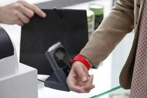 Río de Janeiro lanza la pulsera sin contacto de Gemalto para pago del transporte