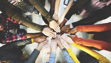 30 de julio: Día Internacional de la Amistad, ¿Sabes como protegerte de las malas influencias en Internet?