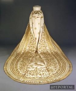 Erzsébet királyné menyasszonyi ruhájának uszája, Empress Elisabeth wedding dress Forrás:http://erzsebetkiralyneweb.mindenkilapja.hu