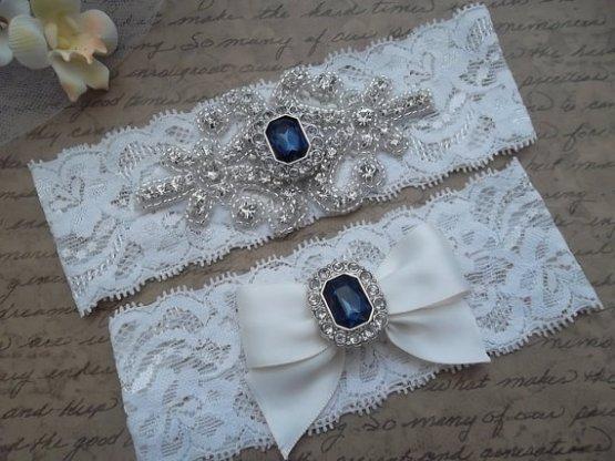 Esküvői harisnyakötő 3 , Bridal garter 3 Forrás:http://www.etsy.com