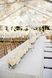 Fehér esküvői dekoráció / White wedding decoration Forrás:http://firstwedd.com