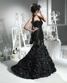 Fekete menyasszonyi ruha 7, Black Wedding Gown 7 Forrás:http://fashionattractive.com