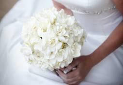 Gardénia menyasszonyi csokor / Gardenia bridal bouquet Forrás:http://laynecorban.wordpress.com