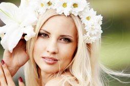 Margaréta menyasszonyi korona / Daisy bridal crown Forrás:http://thebridaldetective.com