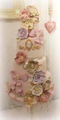 Marie Antoinette menyasszonyi torta , Marie Antoinette wedding cake Forrás:http://cakesdecor.com