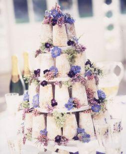 Csupasz menyasszonyi torta 2 / Naked wedding cake 2 Forrás:http://www.modwedding.com