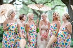 Pöttyös koszorúslány ruha / Polka dot bridesmaid dresses Forrás:http://thebudgetbrideshandbook.blogspot.hu