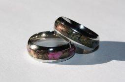 Terepmintás titánium gyűrű , Camo titanium wedding band Forrás:http://www.etsy.com