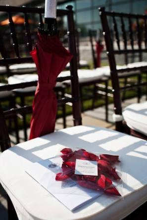 Esernyő köszönetajándék ,Umbrella wedding favors Forrás:http://www.splendorforyourguests.com/