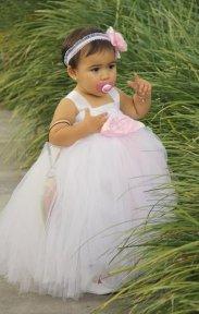 Fehér tütü virágszirom szóró lányka ruha 3 ,White tutu flower girl dress 3 Forrás:http://www.etsy.com/