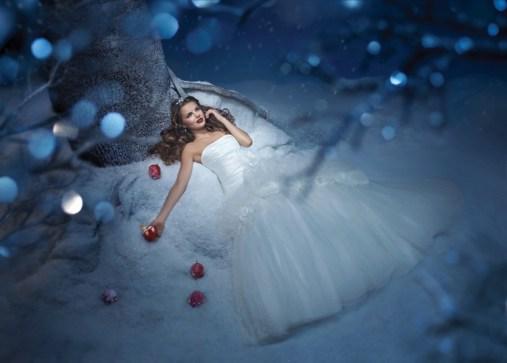 Hófehérke 3, Snow White 3 Forrás:http://www.alfredangelo.com