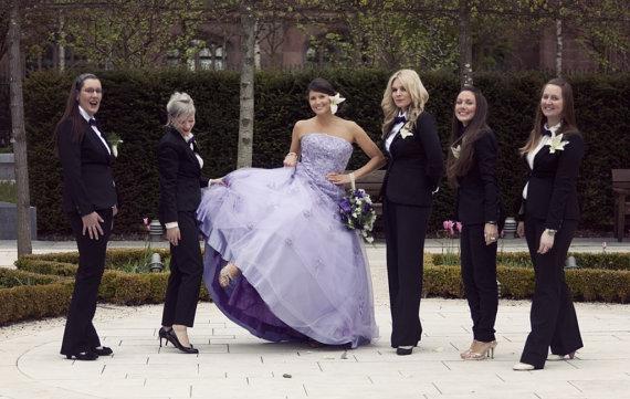 Koszorúslányok szmokingban , Bridesmaids tuxedos Forrás:http://www.etsy.com/