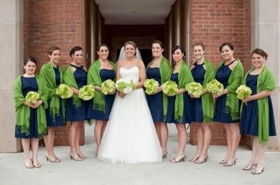 Lime és tengerészkék koszorúslány ruha , Lime green and navy bridesmaid dress Forrás:http://bloomfloraldesign.blogspot.hu/