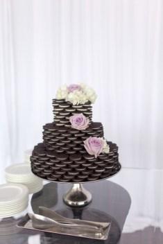 Oreokeksz menyasszonyi torta 3 , Oreocake wedding cake 3 Forrás:venuesafari.com