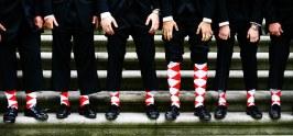 Színes zoknik a vőlegénynek és a vőfélyeknek 2, Colourful socks for the groom and groomsmen 2 Forrás:http://myweddingnigeria.com