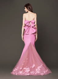 Vera Wang 2014 Fall Pink bridal collection 13a Forrás:http://www.verawang.com