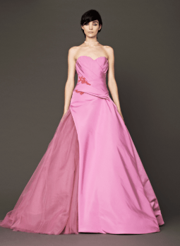 Vera Wang 2014 Fall Pink bridal collection 14 Forrás:http://www.verawang.com