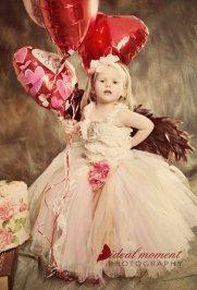 Vintázs csipkés virágszirom szóró lányka ruha ,Vintage lace flower girl dress Forrás:http://www.etsy.com/