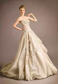 Blanka Matragi menyasszonyi ruha 12 , Blanka Matragi wedding gown 12 Forrás:http://www.blankamatragi.cz