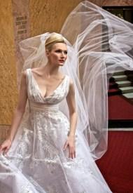 Blanka Matragi menyasszonyi ruha 2 , Blanka Matragi wedding gown 2 Forrás:http://www.blankamatragi.cz