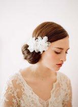 Menyasszonyi frizura ,hosszú barna hajból 21, Bridal long brown hair 21 Forrás:http://www.etsy.com