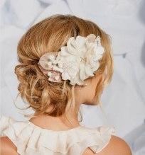 Menyasszonyi frizura ,hosszú szőke hajból 3 , Bridal long blonde hair 3 Forrás:http://foto-pricheski.ru