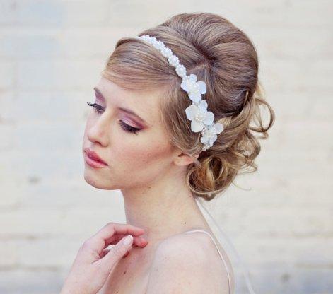 Menyasszonyi frizura ,hosszú szőke hajból 8, Bridal long blonde hair 8 Forrás:http://foto-pricheski.ru