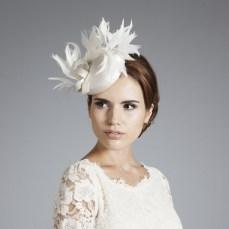 Menyasszonyi kalap 21, Bridal hat 21 Forrás:www.ginafoster.co.uk