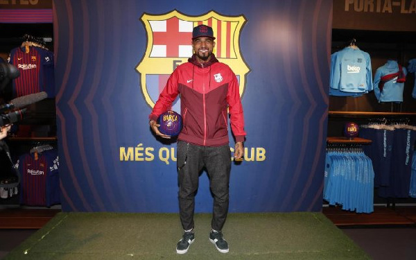 Kevin-Prince Boateng has completed a loan move to Barcelona