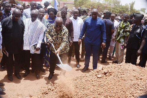 President Akufo-Addo breaking grounds for the construction of the Tamale Interchange
