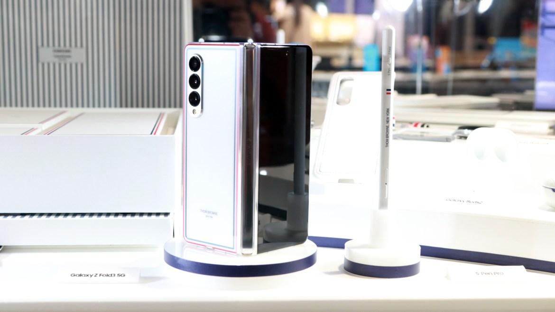 三星限量版摺疊機Galaxy Z Fold3與Flip 3 Thom Browne Edition在5分鐘內賣完