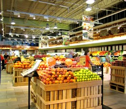 Whole Foods https://onegirlstasteonlife.wordpress.com/2010/09/27/whole-foods-etiquette-dinner-louisville/
