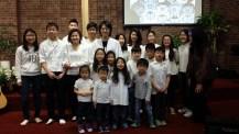 부활절날...목사님과 유치.유년, 중고등부 학생들과...