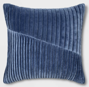 Pleated-Pillow