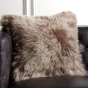 brown-sheepskin-pillow