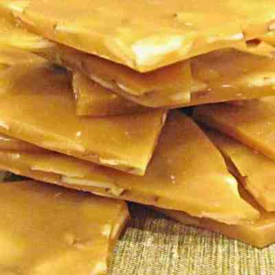 Quick and Easy Almond Toffee